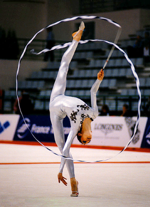 Sportgymnastik nackt rhythmische Palina Rojinski: