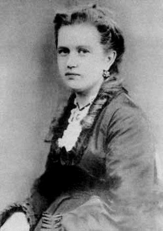 Aleksey Nikolayevich Tolstoy - Alexandra Leontyevna Tolstaya, Aleksey's mother