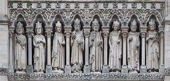 Amiens France Cathédrale-Notre-Dame-d-Amiens-03b.jpg