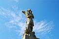 Au pied de la statue St Michel.JPG