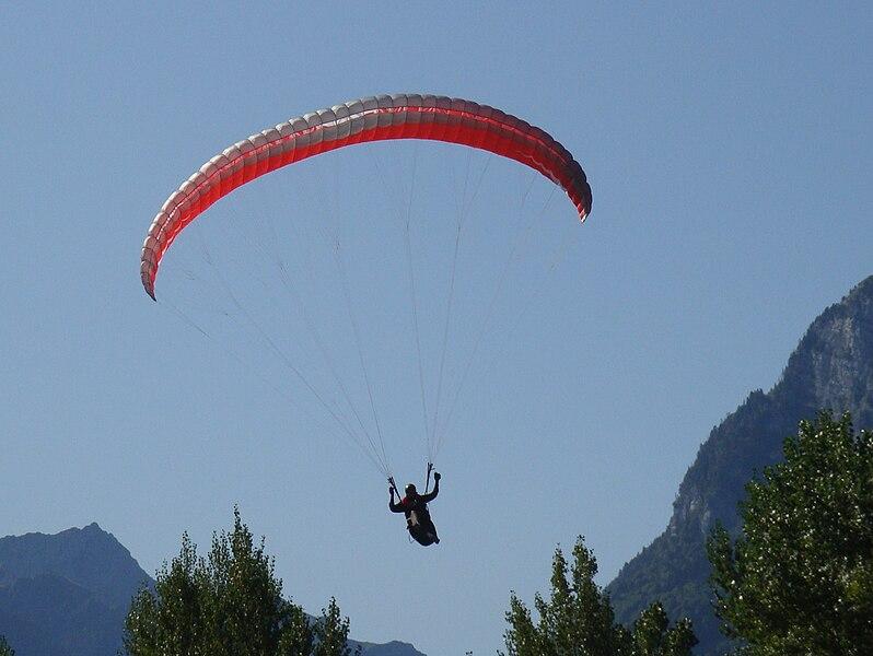 nauka latania paralotnią