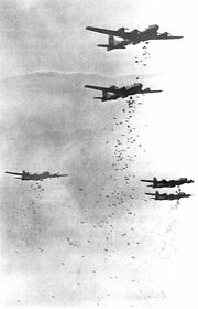 Boeing B-29 Superfortress 180px-B-29s_dropping_bombs