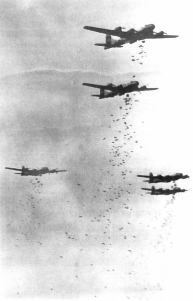 B-29 Superfortress 385px-B-29s_dropping_bombs