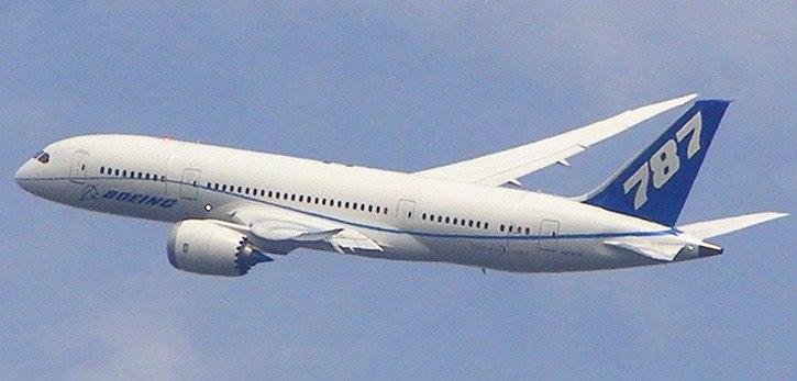B787 flyby Farnborough