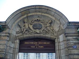 Hôtel d'Angoulême Lamoignon - Gate