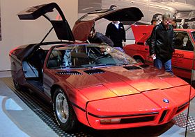 BMW Turbo 1972 red vr TCE.jpg