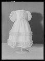 Barnklänning för prinsessan Eugénie (f 1830) - Livrustkammaren - 78927.tif