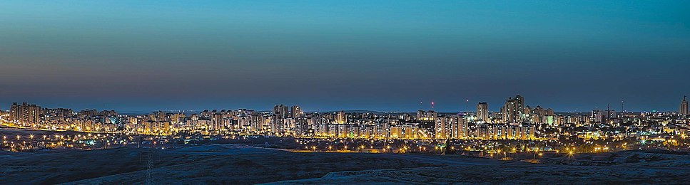 Be'er Sheva at night