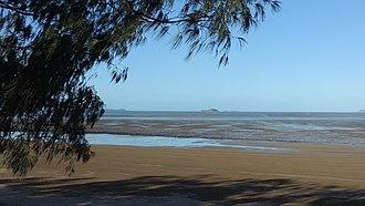 Keppel Sands, Queensland - Beach at Keppel Sands (low tide), 2016