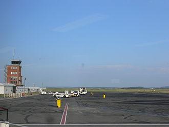 Beauvais–Tillé Airport - Apron view