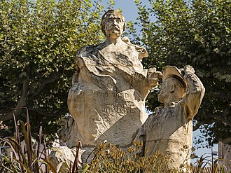 Bédarieux - Statue of Ferdinand Fabre