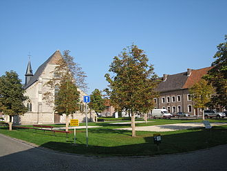 Beguinage - Beguinage at Sint-Truiden with its chapel, left