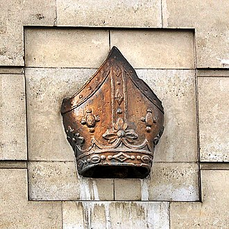 Bishopsgate - Image: Bishop's mitre, Bishopsgate, London