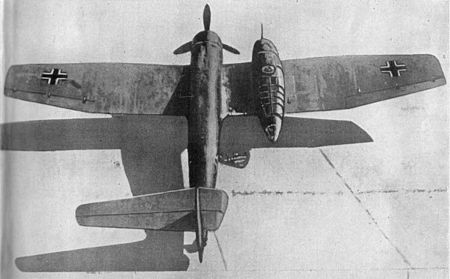 https://upload.wikimedia.org/wikipedia/commons/thumb/c/c6/Blohm_und_Voss_Bv141_rear.jpg/450px-Blohm_und_Voss_Bv141_rear.jpg