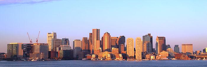 700px Boston skyline at earlymorning