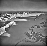 Brady Glacier, valley glacier and icefield, September 11, 1973 (GLACIERS 5864).jpg