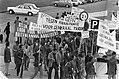Buitenlandse werknemers demonstreren in Den Haag tegen regularisatie overzicht , Bestanddeelnr 928-2006.jpg