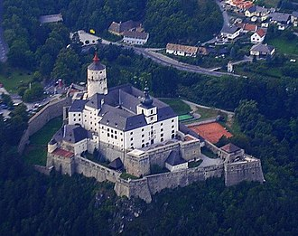 Forchtenstein Castle - Image: Burg Forchtenstein 5