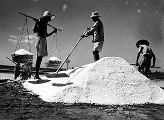 Madura Island - Salt making in Madura in 1948