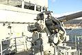 """Cañón Mk.22 de 76 mm (3""""-50) y puente de mando del """"Atalaya"""" (16440967779).jpg"""