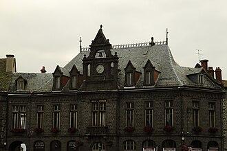 Saint-Flour, Cantal - Image: Caisse d'épargne