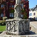 Calvaire (détail base 1) - Rochefort-en-Terre (Morbihan).jpg