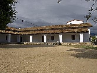 California Historical Landmarks in Santa Barbara County, California - Image: Casa de la Guerra right side
