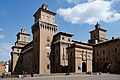 Castle Estense Ferrara 2015.jpg