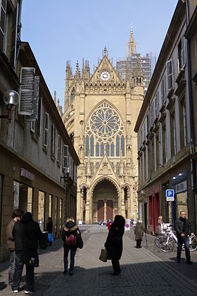 Metz centre wikip dia - Piscine saint etienne de saint geoirs ...