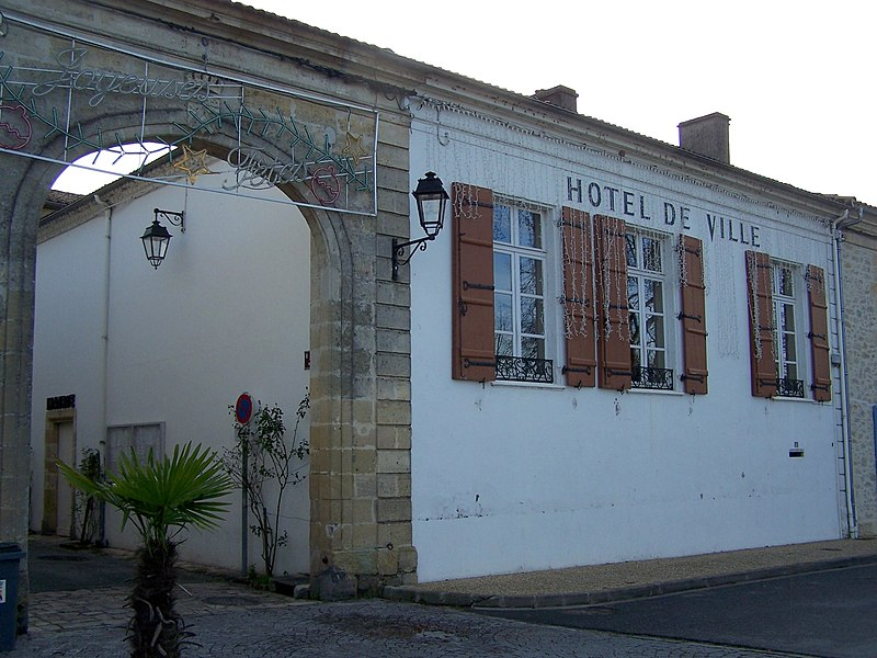 Town hall of Caudrot (Gironde, France)
