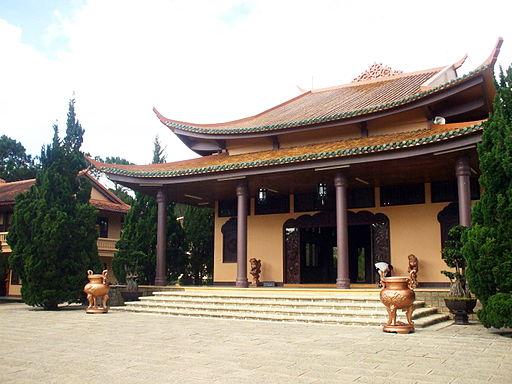 Chính điện thiền viện Trúc Lâm