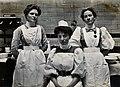 Charing Cross Hospital; portrait of theatre staff. Photograp Wellcome V0029070.jpg