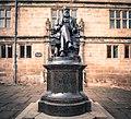 Charles Darwin Statue Shrewsbury.jpg