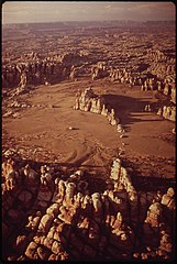 Chesler Park in the Needles Area of the Canyonlands. Once a Popular Destination for Jeep Trippers, Chesler Park Has Been Closed to Vehicle Traffic to Prevent Erosion, 05-1972 (3814978802).jpg