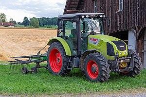 Claas - Tractor CLAAS AXOS 320