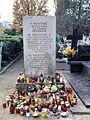 Cmentarz na Wałbrzyskiej - 01.jpg
