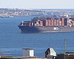 Container ship (Halifax NS, March 31 2007) (441022149).jpg