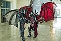 Cosplayer mit Drachen-Kostümen Gamescom (36016988054).jpg