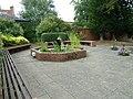 Courtyard at Fareham Library - geograph.org.uk - 1993073.jpg