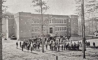 Smoky Mountain High School - The 1923 Cullowhee School