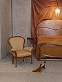Détail d'un fauteuil et du lit de la chambre de Madame Guimard, 1909-1912.jpg