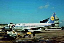 D-ABCE B737-230C Lufthansa MAN 24OCT75 (6141698947) .jpg