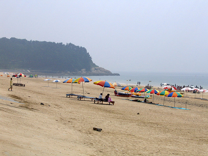 File:Daecheon Beach, Korea.jpg