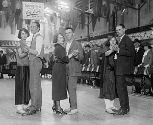 Dance marathon - Marathon dancing, 1923