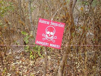 Khao Phra Wihan National Park - Image: Danger!! Mines!!