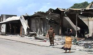 2006 Nuku'alofa riots - The day after, a journalist under the watchful eye of the army