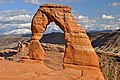 Delicate Arch (Arches National Park, eastern Utah, USA) 1 (15512662583).jpg
