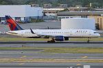 Delta Air Lines, N721TW, Boeing 757-231 (19993873328).jpg