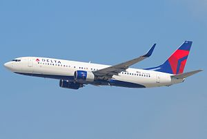 Delta Air Lines Boeing 737-800; N3747D@LAX;10.10.2011 622in (6482376485).jpg
