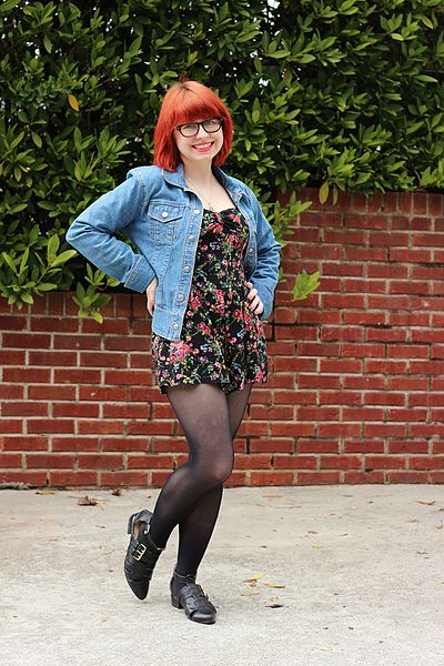 File:Denim Jacket, Floral Print Target Playsuit, Black Tights, and Cutout Flats (17150359062).jpg